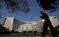 """Trung Quốc đã """"run tay"""" sau 3 lần phá giá Nhân dân tệ?"""