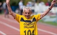Nếu bạn nghĩ cuộc sống quá khó khăn, hãy nhìn người đàn ông 104 tuổi này!