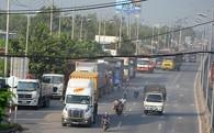 Cấm xe tải nặng trên quốc lộ 1, tài xế không hiểu tại sao