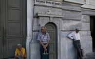 Hy Lạp: Các máy ATM chỉ còn tiền đến ngày 13/7