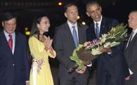 Cô gái tặng hoa Tổng thống Obama là ai?