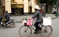 Báo Anh viết về nghịch lý giàu nghèo tại Việt Nam: Khu đô thị cao cấp và ruộng lúa