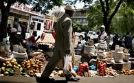 Số liệu đang cho thấy sống ở nước nghèo dễ thành tỉ phú hơn ở nước giàu