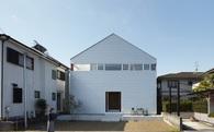 Để tiết kiệm diện tích, người Nhật đã kết hợp sân bóng rổ với nhà ở mà không ai nhận ra