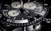 Nếu bạn đeo một chiếc đồng hồ, hãy để tiếng tích tắc của nó cũng phải có gu riêng