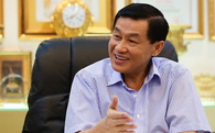 """""""Dẫn mối"""" các đại gia Mỹ rót tỷ đô vào Sài Gòn, Vua hàng hiệu Hạnh Nguyễn lại đang """"sa lầy"""" ở Tràng Tiền Plaza?"""