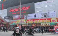 Đại diện Media Mart: Giá chúng tôi luôn rẻ hơn đối thủ cạnh tranh, như Điện máy Xanh chẳng hạn, tối thiểu là 5%