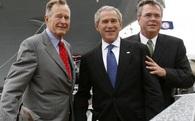 """Bush - Gia tộc """"giàu ba đời"""", nghề gia truyền là… làm Tổng thống"""