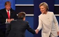 Ông Trump đang lép vế hoàn toàn bà Clinton về mặt này