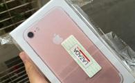 """Mua iPhone """"phân phối chính thức"""" trên Lazada, nhận được hàng xách tay?"""
