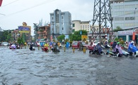 Nắng đã có mũ, mưa đã có ô, Sài Gòn ngập lụt hãy thử siêu xe 2 trong 1 này!