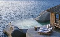 Vì sao các resort cao cấp dọc biển Việt Nam dám 'chặt chém' 300 triệu mỗi đêm mà không sợ ế ?