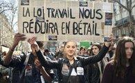 Tại Pháp, gửi email cho nhân viên ngoài giờ làm việc là phạm pháp
