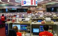 Cổ phiếu lao dốc, 3 tỷ phú Hồng Kông gần trắng tay sau một ngày