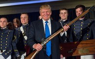 Tổng thống Mỹ đề xuất giảm tiền cho ngoại giao, tăng chi quốc phòng Thế giới