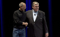 """Nỗi """"oan"""" chung và sự vĩ đại chung của Steve Jobs và Elon Musk"""