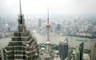 S&P hạ xếp hạng Trung Quốc lần đầu tiên kể từ năm 1999, cảnh báo vay nợ quá nhiều