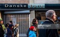 """Chuyện lạ: Ngân hàng """"đuổi"""" khách gửi tiền"""