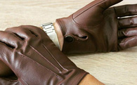 Bí quyết kinh doanh của dân Do Thái: Làm sao để nhập 10.000 đôi găng tay mà chỉ phải đóng thuế nhập khẩu cho 5.000 đôi?