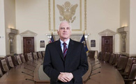 Thống đốc cục Dự trữ Liên bang Mỹ từ chức