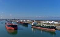 6 tháng đầu năm, cảnh sát biển bắt giữ 5 triệu lít xăng dầu buôn lậu