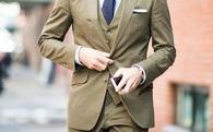Nếu mặc vest hãy bỏ khuy dưới cùng, đừng để người khác cười chê vì thiếu phong cách