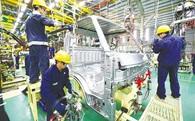 Công nghiệp Việt Nam: 'Lá cờ đầu' của nền kinh tế nhưng vẫn sản xuất thua Malaysia, Thái Lan 6 lần, thua Philippines 4 lần