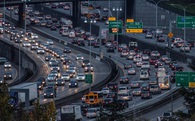 Không riêng Hà Nội, nhiều thành phố trên thế giới cũng từng dùng giải thưởng để đối phó tắc đường