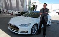 Không dừng lại ở xe hơi, tỷ phú Elon Musk sắp tung ra dòng xe bán tải điện vào tháng 10