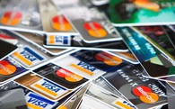 Làm thế nào để lựa chọn chiếc thẻ tín dụng đầu tiên của bạn