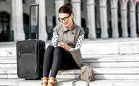 Triệu phú Mỹ: Người trẻ ơi, đừng dồn tiền đi du lịch nữa