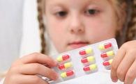 Phó Giáo sư Nhi khoa tư vấn: Chữa ho, sổ mũi cho trẻ có cần dùng kháng sinh?