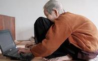 """Ở tuổi 97, cụ bà này được phong là """"cụ bà sành sỏi Internet nhất Việt Nam"""""""