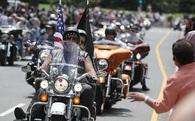 5.000 tay đua đến giúp Trump trong ngày nhậm chức