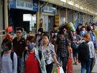 Người dân 2 miền tấp nập trở lại thành phố sau kỳ nghỉ lễ