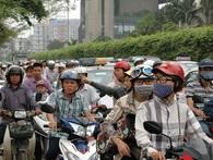 Dòng người lại ùn ùn kéo về Thủ đô sau nghỉ lễ Giỗ Tổ Hùng Vương