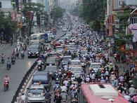 Chống ùn tắc giao thông: Ô tô, xe máy đã 'cài răng lược', vẫn cố len vào