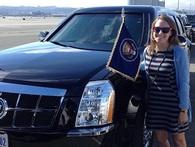"""Chân dung cô gái 26 tuổi lái chiếc xe """"quái thú"""" hộ tống Tổng thống Obama"""