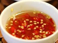 Ông chủ mắm 584 Nha Trang: Nhân viên chúng tôi đi đâu cũng mang mắm theo ăn, nếu làm sai, chúng tôi không dám ăn đâu