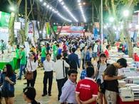 """Văn hóa đọc của người trẻ Việt đang """"chết chìm"""" trong những tác phẩm ngôn tình 3 xu?"""