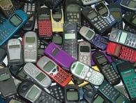 """Thủ tướng chỉ đạo điều tra phản ánh việc """"dọa khởi tố hình sự vì mua bán điện thoại cùi bắp"""""""