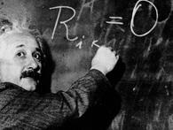 """Albert Einstein nói """"Trước 30 tuổi mà không cống hiến gì cho khoa học chớ mơ mộng thêm"""": Đừng buồn, nghiên cứu cho kết quả ngược lại!"""