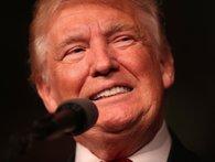 Donald Trump bị tố lừa đảo trắng trợn, lấy tiền từ thiện đi tiêu xài vào việc riêng