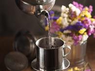 Không riêng Trung Nguyên, cà phê hoà tan Vinacafe cũng đang sống rất chật vật