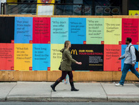 Đây là cách McDonald's làm poster quảng cáo ở Canada