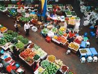 Siêu thị mọc lên như nấm nhưng vì sao số đông người Việt vẫn chọn mua hàng ở chợ & đại lý truyền thống?