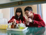 Hai học sinh Đà Lạt đoạt giải quốc tế nghiên cứu tiêu diệt tế bào ung thư