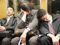 Xã hội Nhật có vấn đề gì mà tới nửa triệu thanh niên Nhật Bản không đi học cũng chẳng đi làm, ăn bám bố mẹ?