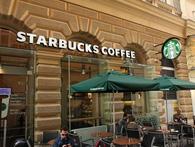 Áo: Starbuck, Amazon nộp thuế ít hơn cả xe bán xúc xích lề đường