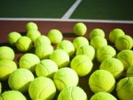 Đặt quả bóng tennis ở những vị trí này và bạn sẽ được giải tỏa cơn đau cổ, lưng cực nhanh chóng